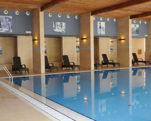 hotel-grand-indoor-pool