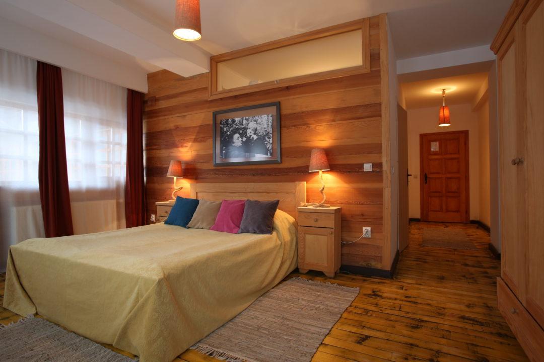 drvengrad-mecavnik-dvokrevetna-soba (1)