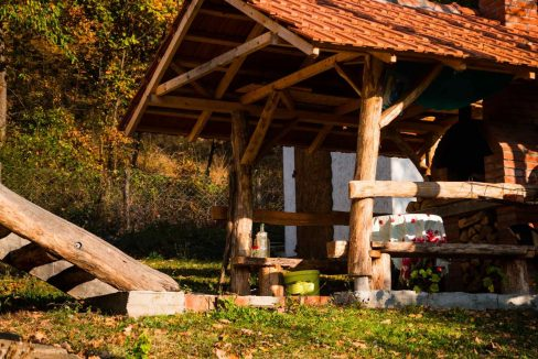 kuca-pored-reke-Lopatnice (6)