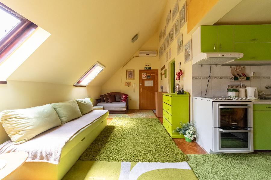 sweet-home-center-apartment (10)