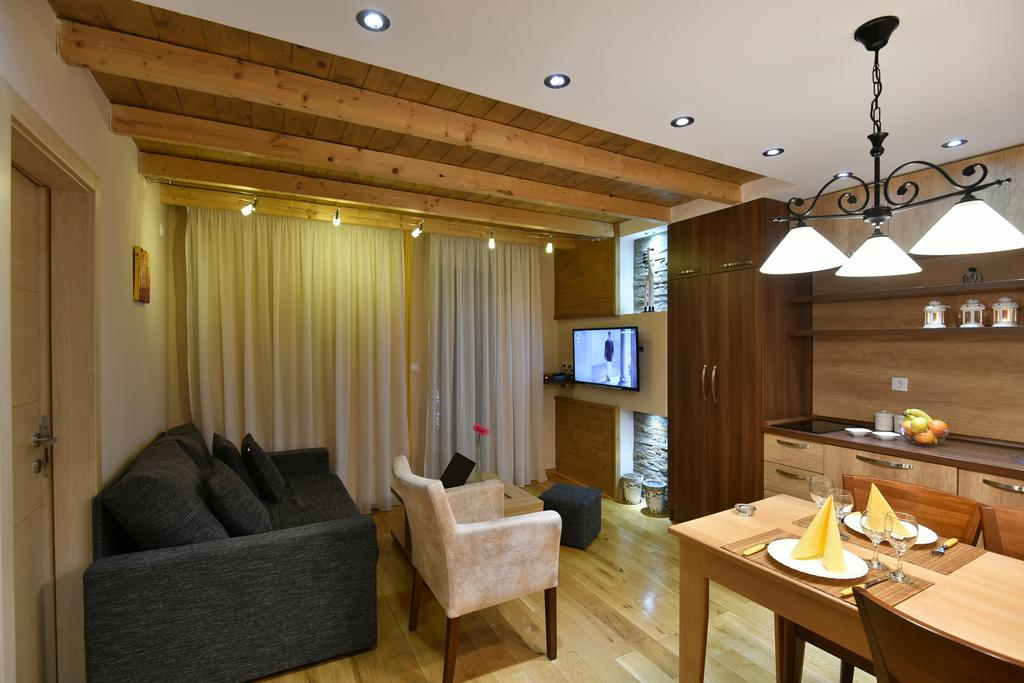 vila-natural-wood-zlatibor (34)