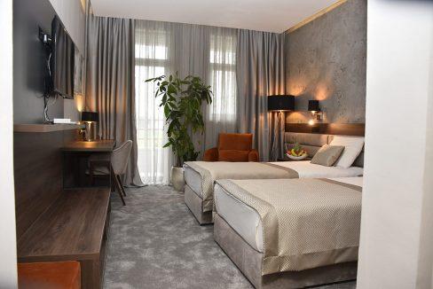 hotel-srbija-lux-stara-pazova (1)