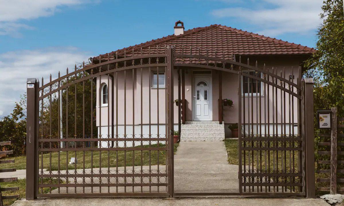 Turisticko-domacinstvo-Lazarevic-Zlatni-prag (22)