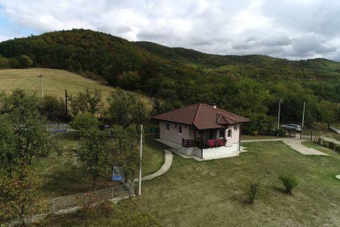 Turisticko-domacinstvo-Lazarevic-Zlatni-prag (32)