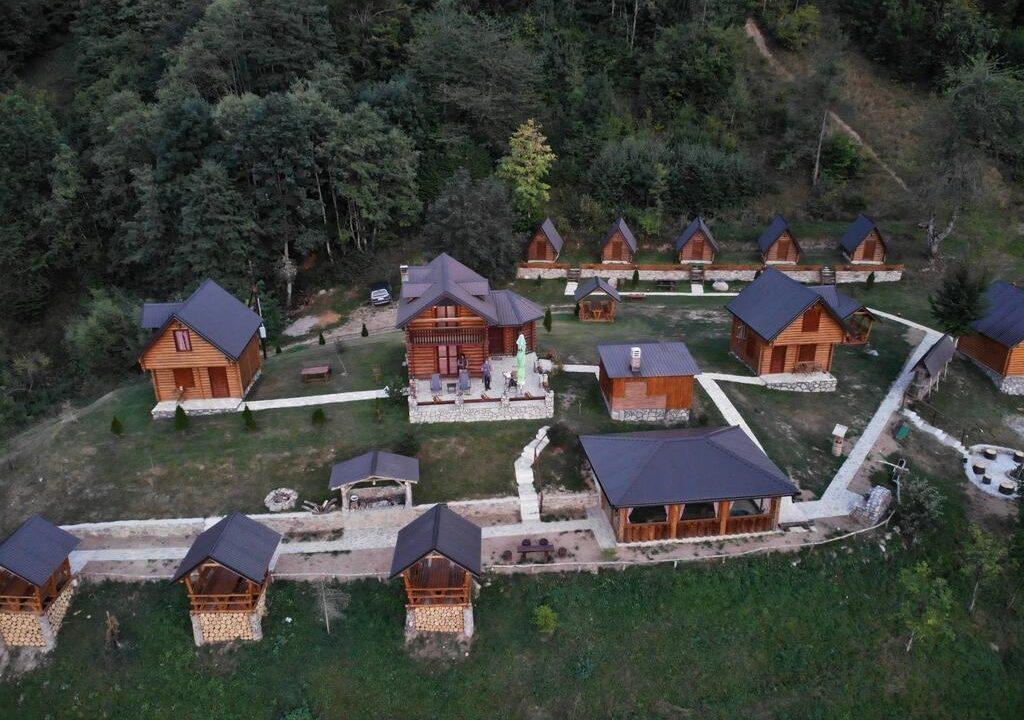 gradine-katun-kamp-crna-gora (15)