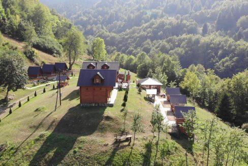 gradine-katun-kamp-crna-gora (26)