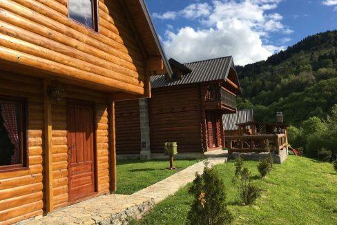 gradine-katun-kamp-crna-gora (5)