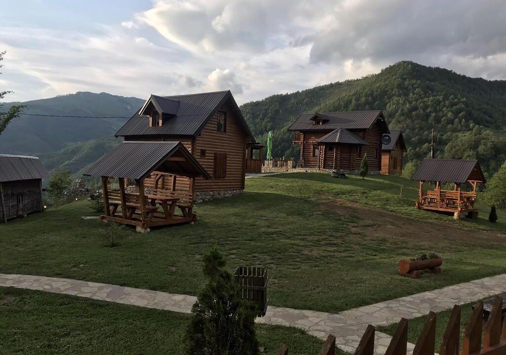 gradine-katun-kamp-crna-gora (9)