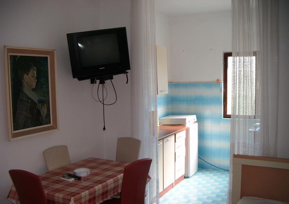 apartmani-cinci-tivat (24)